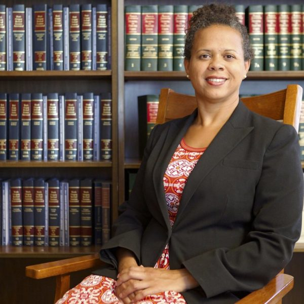 lourdes-sanchez-attorney-abogada-Oregon
